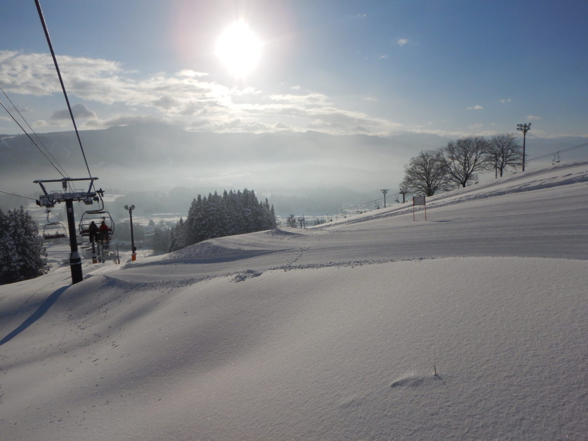 戸狩温泉スキー場のレビュー!1月の積雪量やゲレンデ情報!混雑?