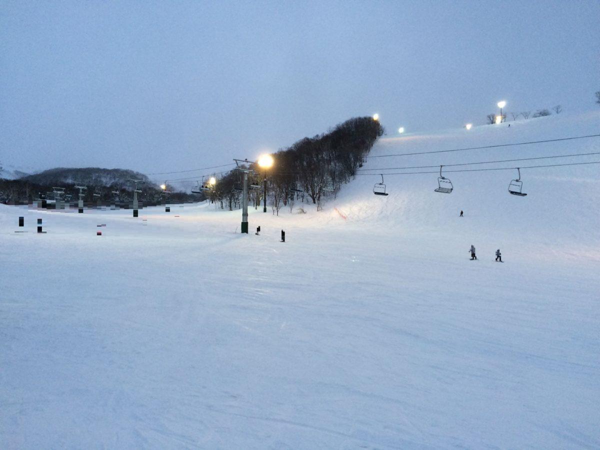 ニセコアンヌプリスキー場のレビュー!12~1月の積雪量やゲレンデ情報!混雑?